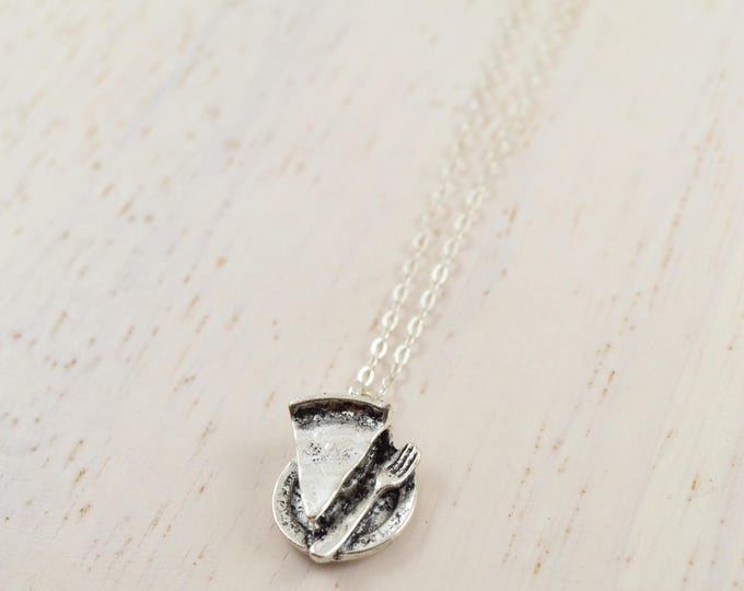 Pie Necklace in Silver