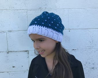 Snowfall Teal and White crochet hat, fits 6 months to womens, white and teal hat, pom pom, slouchy hat, Winter Beanie, Photo Prop, fall hat