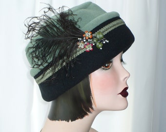 Women's  Polar Fleece Pillbox Lid in Sage Green and Black