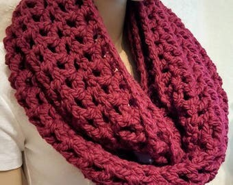 Burgundy Crochet Infinity Scarf,Chunky Infinity Scarf, Infinity Scarf, Red Chunky Crochet Scarf, Infinity Scarf, Crochet, Winter Wool Scarf
