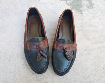 Vintage Women's 7.5 Bass Loafers Tassel Loafer Boat Deck Shoes Topsider Slip On Brown Black Leather Shoes Two Tone Boho Hipster Oxfords