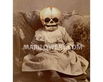 Creepy Wall Art, Halloween Decor, Skull Art 5x7 Print, 8x10 Print, Macabre Wall Decor, Horror Art