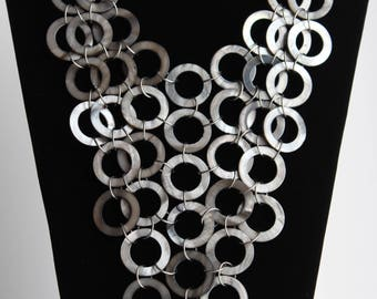 Gorgeous Vintage Mother Of Pearl Rings Circles Statement Bib Necklace