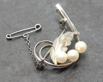 Vintage Stirling Silver 3 Pearl Mid Century Brooch