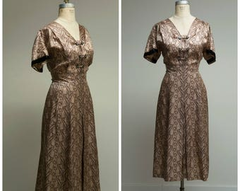 Vintage 1950s Dress • Until Later • Taupe Brown Printed Early 50s Dress Size Large