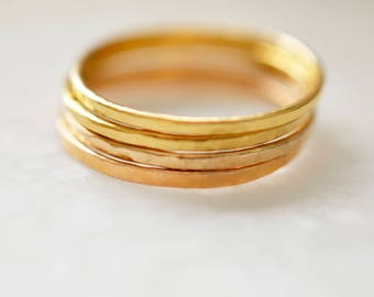 Thin Hammered Gold Ring, 14kt Gold Filled Ring, Stackable Gold Rings, Hammered Ring, Gold Midi Ring