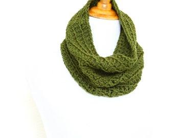 Infinity scarf, crochet cowl, crochet neckwarmer, knit cowl, loop scarf, infinity loop, crochet scarf, grey cowl,