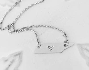 I love Tennessee Necklace - Hand Stamped Jewelry - Tennessee Necklace - Tennessee State Necklace - Tennessee Home Necklace
