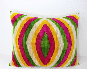 Silk Velvet Ikat Pillow Cover Lp417, Bohemian pillow, Velvet Ikat Pillow, Velvet Pillow, Velvet Pillow Cover, Ikat Pillows, Throw Pillows