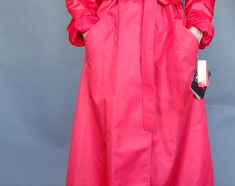 red trench coat, rain jacket, London Fog, vintage coat red, light trench coat