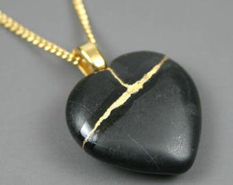 Broken heart pendant in black stone with gold kintsugi (kintsukuroi) repair on curb chain - OOAK