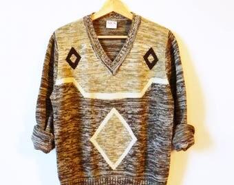 Diamond Knit Pullover Sweater / 70s Aztec V-Neck Sweater / Vintage Diamond Sweater