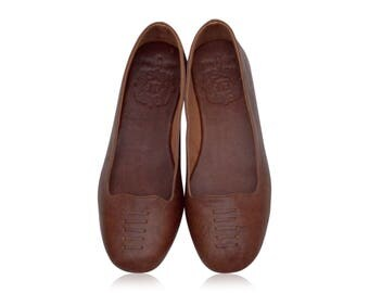 LUNA. Brown flats / women shoes / leather flat shoes / women flats / brown leather flats. Sizes 35-43. Available in different colors