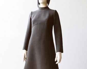 60s Mod Dress Brown Crew Neck A Line Long Sleeved Dress Size M Medium