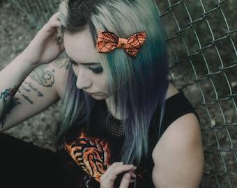 Orange Spider Hair Bow - Spider Bow - Spider Clip - Orange Bow - Halloween Hair Clip - Black Cat Ribbon - Alt Fashion - Goth Hair Bow - Goth