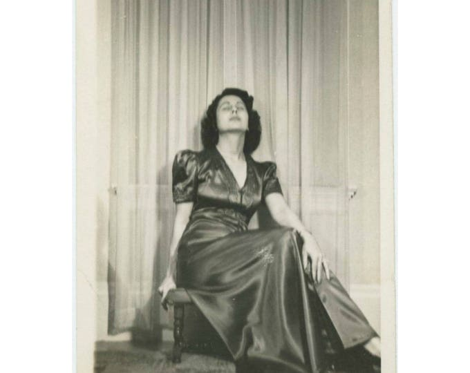 Vintage Photo Snapshot: Woman in Satin, c1940s (77591)