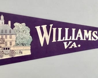 Vintage 'Williamsburg VA Royal Governor's Palace' Virginia Pennant