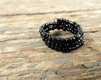 Black ring, beaded ring, ring, black jewelry, boho ring, gift for her, handmade ring, girlfriend gift, wrap ring, adjustable ring