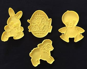 Vintage 1980 Wilton Cookie Cutters (4)