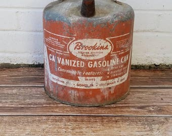 VINTAGE METAL GAS Can. Americana Collectable for Him. Man Cave. Galvanized Gasoline Can. Brookins Gasoline Can