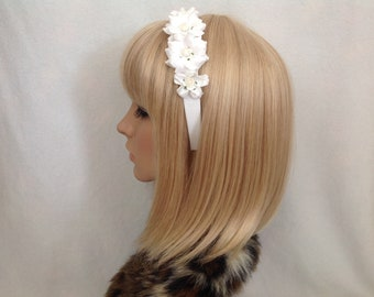 White rose flower headband hair rockabilly psychobilly gothic pastel Lolita crown pin up wedding flower girl vintage shabby floral pretty