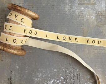 Vintage Ribbon with 'I Love You' Print, Yellow, 15mm x 1m t607