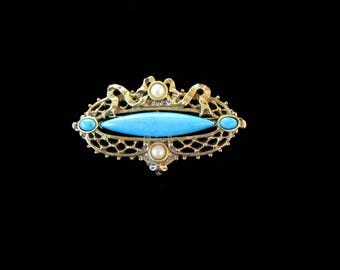 Faux turquoise & pearl Victorian Revival bar brooch with gold tone filigree and ribbon setting - Free U.S. Shipping