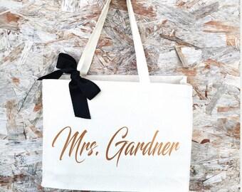 Future Mrs tote, future mrs gift Mrs tote, bride gift, bride to be tote, future Mrs tote bag, wedding tote, bachelorette party bridal shower