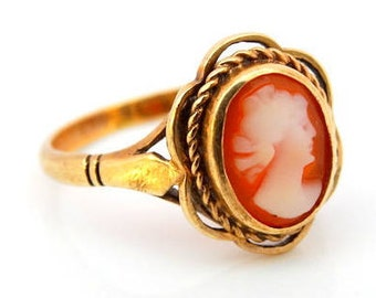 Victorian Style Ladies Oval Orange Carnelian Cameo Dress Ring in 9 ct yellow Gold FREE POSTAGE Included