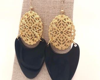 Black Acetate and Gold Filigree Earring