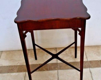 Vintage solid Mahogany Accent Table Tall Square entry copeland style Insured safe nationwide shipping available