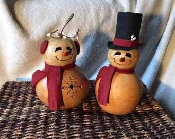 Snowman or Snowlady Gourd, Natural Stain, Red Felt Accents, Winter, Christmas
