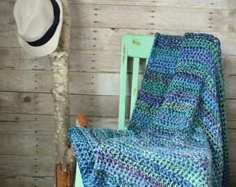 Luxurious Chunky Blue Mix Throw Blanket