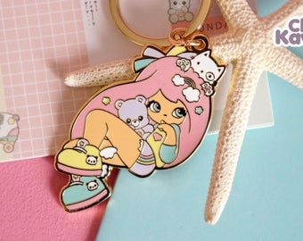 Chic Kawaii lovely girl keychain golden finish, super cute and high quality.