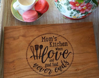 Mother's day cutting board, Custom present for Mom or Grandmother