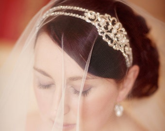 Freshwater Pearl and Diamante Side Detail Bridal Headband