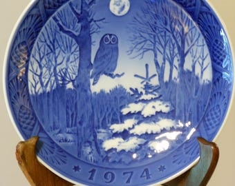Royal Copenhagen Collectible Signed Christmas Plate (1974) Winter Twilight