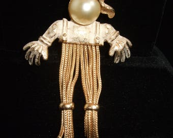 Super cute, vintage, early Emmons Jewelry, Scarecrow Pin/Brooch
