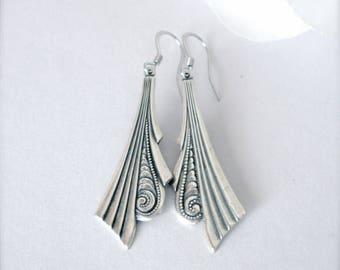 Art Deco Dangle Earrings, Antiqued Silver Earrings, Art Deco Earrings, Bridesmaid, Bridal, Wedding Jewelry, Christmas, Romantic Gift for Her
