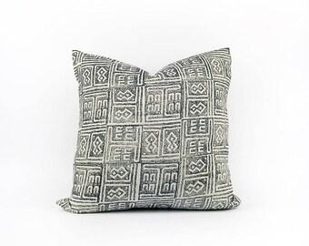 READY TO SHIP  Hand Block Printed Indigo Linen Pillow Cover 18x18
