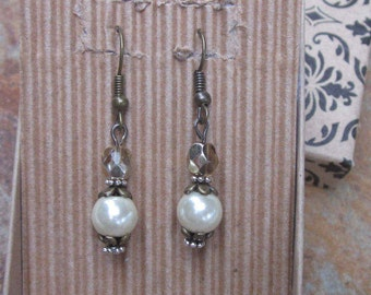 pearl earrings bridesmaid earrings elegant silver antiqued gold bohemian earrings bride earrings country chic wedding everyday earrings
