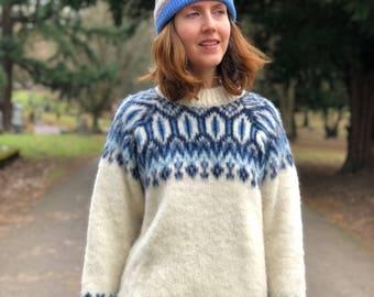 Wool Sweater / Cozy Apres Ski Warm Danish Scandinavian Nordic Blue & White Pullover Sweater