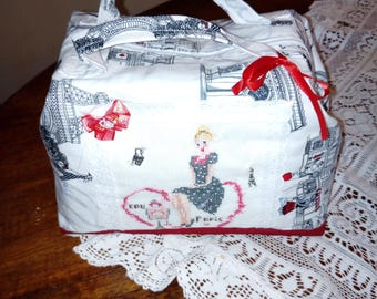 suitcase/vanety embroidery on linen (cross stitch)