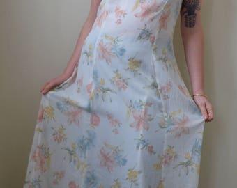 90210 White floral print maxi dress- S/M