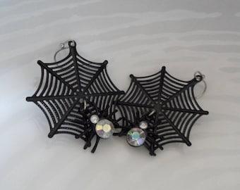 Spiderweb Earrings Black Spider Earrings Rhinestone Spider Web Earrings Vintage Halloween Spider Earrings Cute Halloween Jewelry Soft Goth