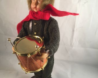 "Ashley Cooper ""Pickwick Drummer Boy"" Caroler First in Series"