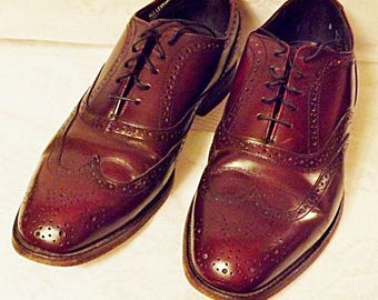 70s Vintage Hanover Shoes Wing Tip Mens Oxblood Brogue Size 8 E