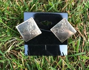 Vintage Silver Cuff Links with Leaf Design. Swank.