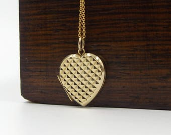 9K Gold Heart Locket Necklace | Vintage 9ct Back And Front Locket On A Chain
