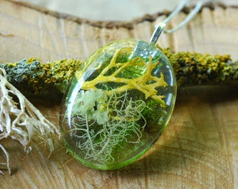 Forest Necklace, Moss Terrarium Resin Necklace, Nature inspired Necklace, Green Rustic Woodland Pendant, Nature lover Gift, Gift for Women